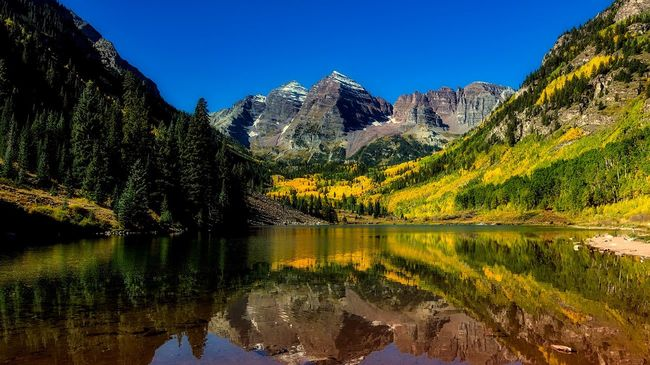 Colorado Maroon Bells mountains and wilderness area