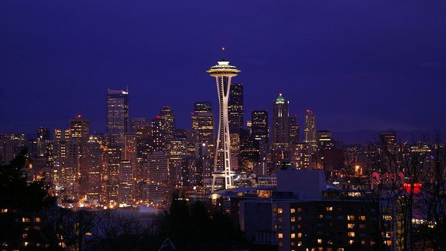 Seattle Washington city landscape and space needle at night